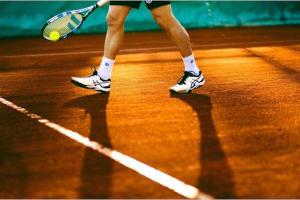 ejercicios de tenis para adultos
