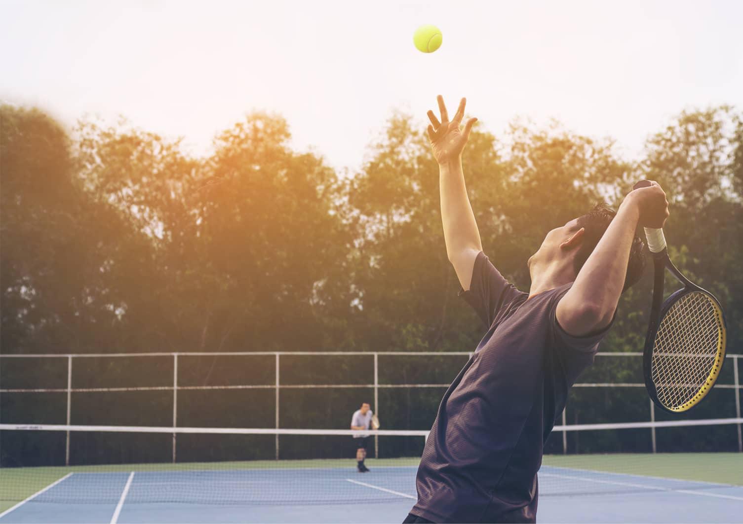 jugador de tenis intermedio